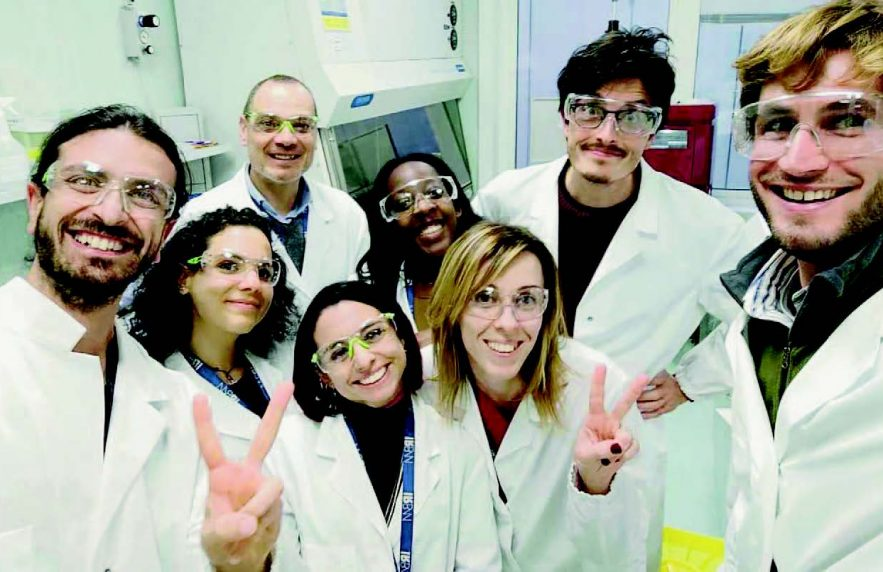 """La Repubblica Into The Guys' Lab """"Our Sleepless Nights To Save The World"""""""